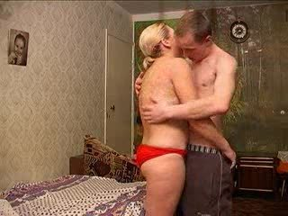 russian mommy with guy