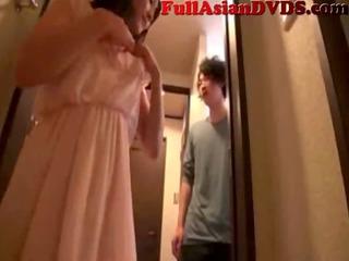 japanese mother bonks her son(0)
