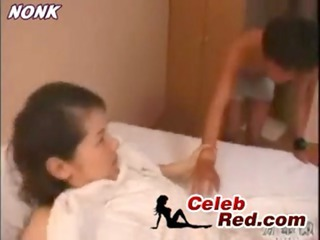 sleeping japanese mommy drilled by chap