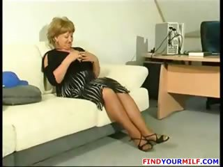 overweight mature cougar acquire sexually excited